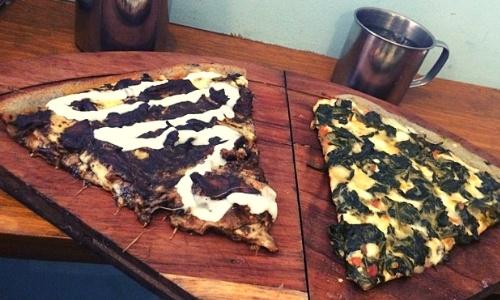mole-poblano-pizza-mexicana