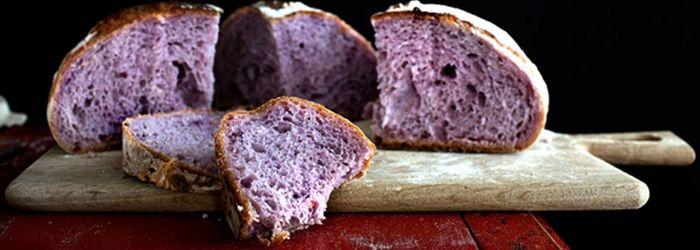 Pan morado: ¿qué es y por qué es más saludable que el pan blanco?